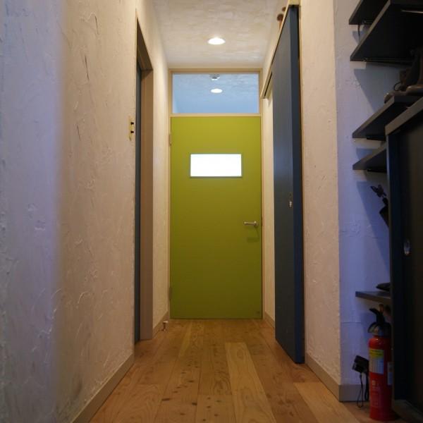 door-001