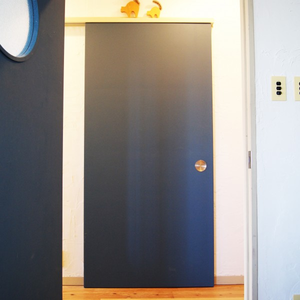 door-002